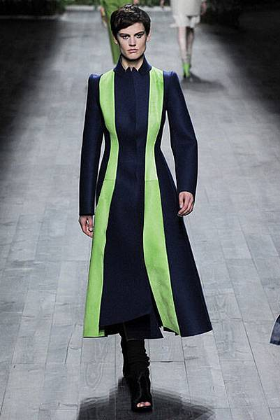 041414_Fall_2014_Trend_Report_bright_slide_15.jpg