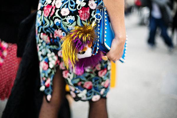 hottest-accessories-of-fashion-weeks-3.jpg