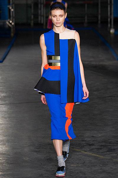 m-041414_Fall_2014_Trend_Report_bright_slide_18.jpg