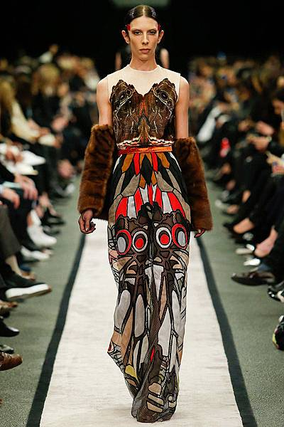 m-041414_Fall_2014_Trend_Report_sheer_slide_02.jpg