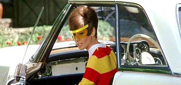 Audrey-Hepburn_Two-for-the-Road_rugby-dress-mid_bmp.jpg