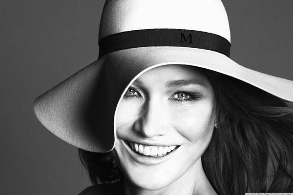o-CARLA-BRUNI-GUEST-EDITS-PARIS-VOGUE-facebook.jpg