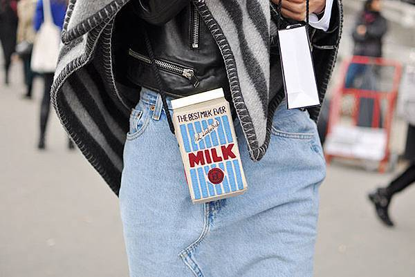 paris-aw14-15-milk-bag.jpg