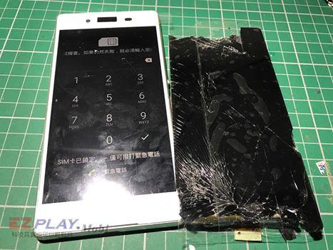 Sony z3+無法觸控