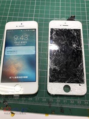 IPHONE SE面板破裂