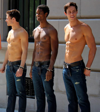 abercrombie-fitch-paris-story-opening-shirtless-models-05122011-lead.jpg