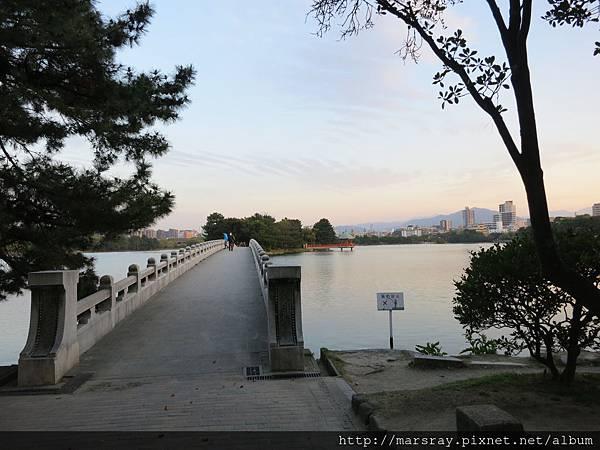 D3-21大濠公園觀月橋.JPG