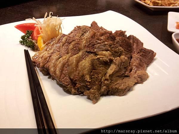 燉牛肉片.jpg