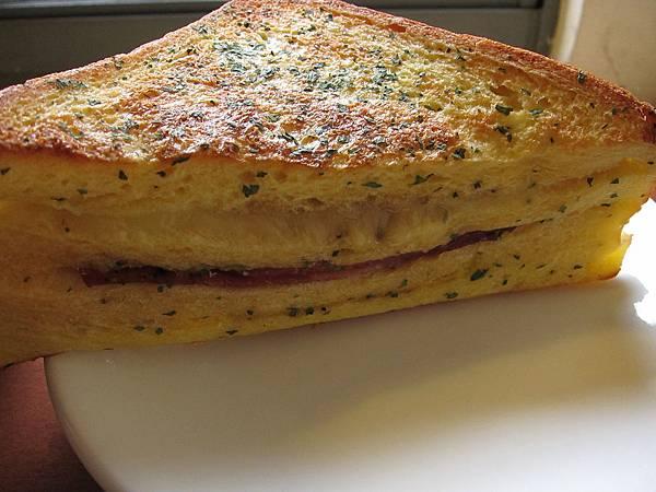 法式烤火腿三明治