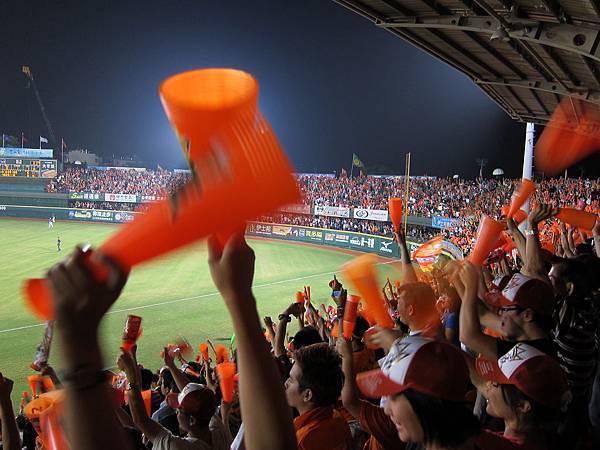 台南球場。統一總冠軍