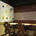 2樓用餐空間 (2).JPG
