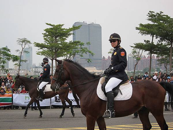 騎警隊.JPG