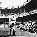 1949-BABE RUTH RETIRES NO. 3-貝比.魯斯主持球衣3號退休儀式-Nat Fein, New York Herald Tribune