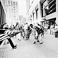 1977-THE SOILING OF OLD GLORY-遭玷污的美國國旗-Stanley J. Forman, Boston Herald American