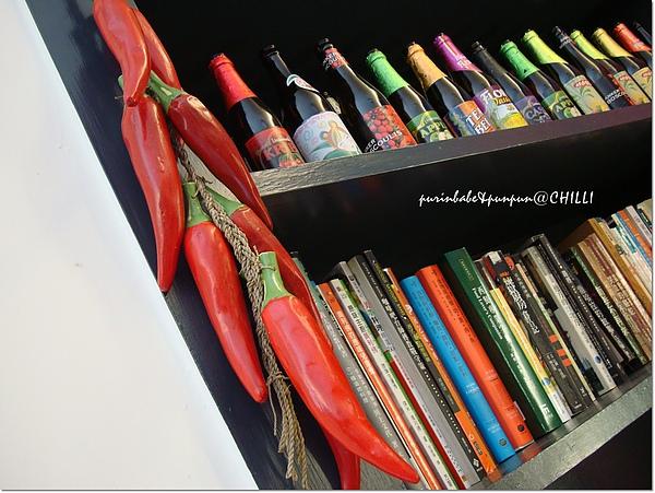 6書櫃的書.jpg
