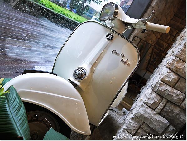 6摩托車.jpg