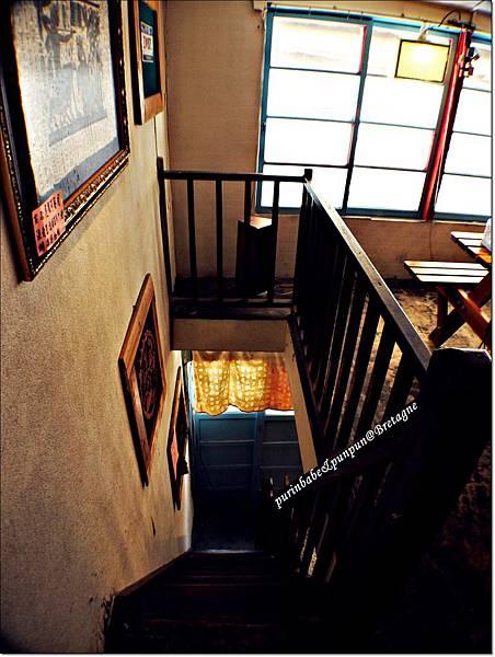 6樓梯.JPG