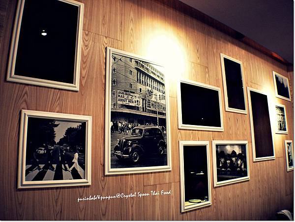 8照片牆.JPG
