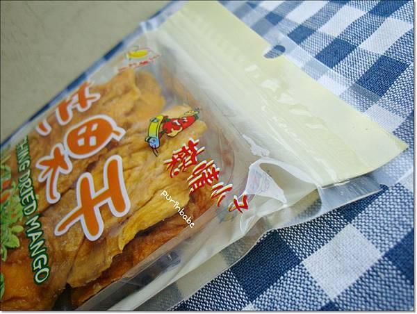 4芒果乾外包裝.JPG