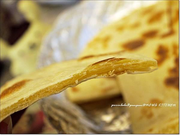 22尼泊爾煎餅側面.JPG