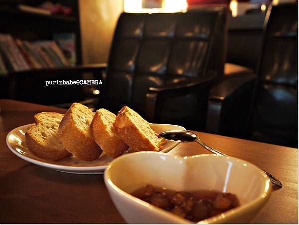 25手工果醬法式麵包片.JPG