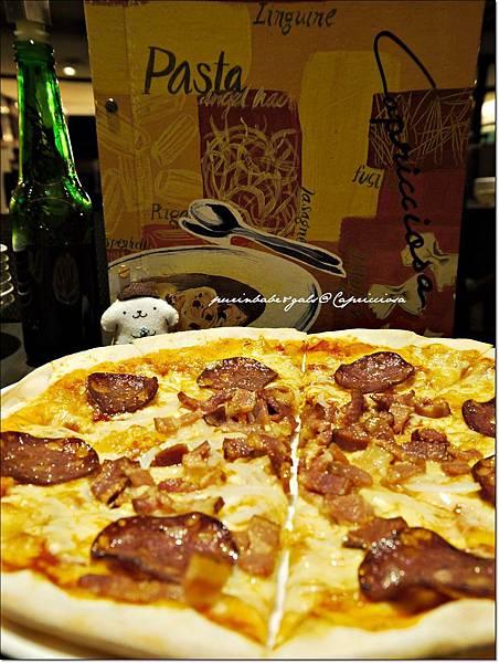 20卡布里喬莎主廚披薩1.JPG