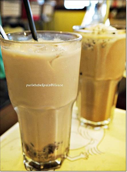 26北海道紅豆奶茶.JPG
