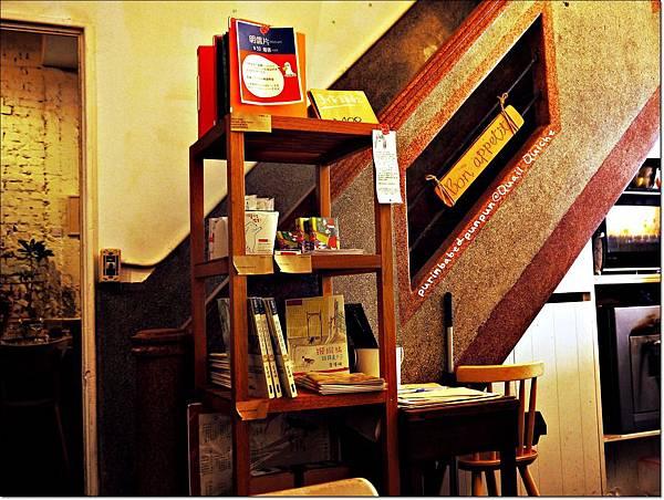 14樓梯.JPG