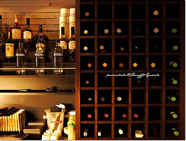 14酒櫃2.JPG