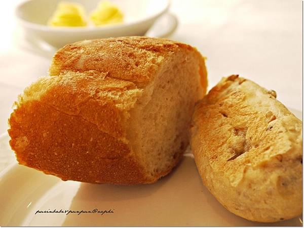 13麵包.JPG