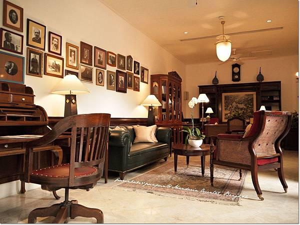 27reading room.JPG