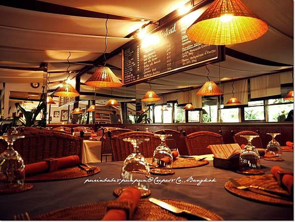 9室內用餐區2.JPG