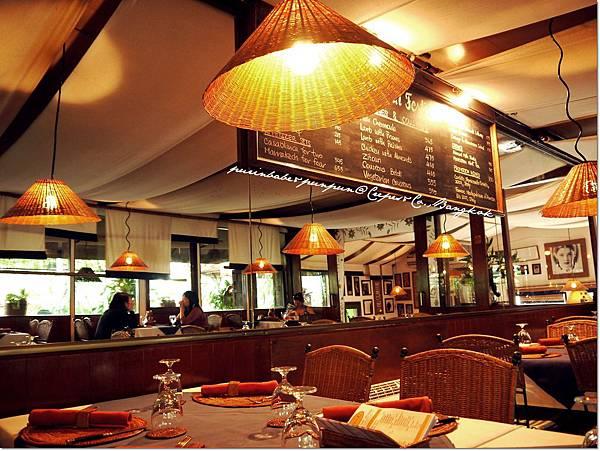 10室內用餐區3.JPG