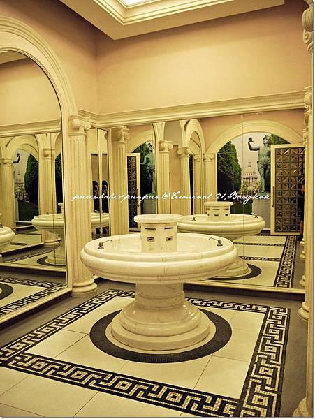 15Roman restroom3.JPG