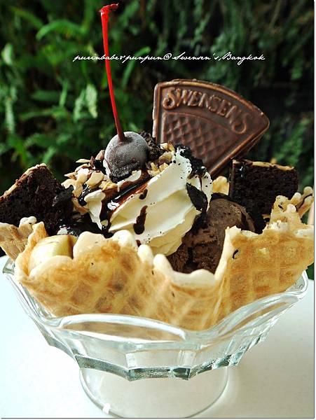 10oreo brownie1.JPG