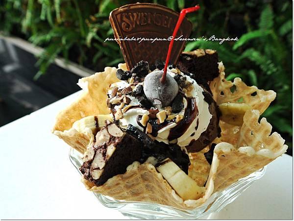 11oreo brownie2.JPG