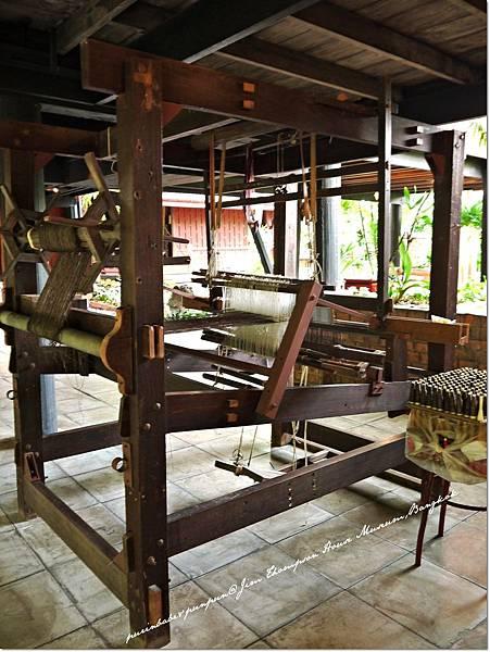 13紡織機1.JPG