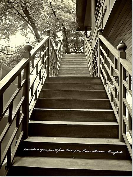 7木造樓梯.JPG
