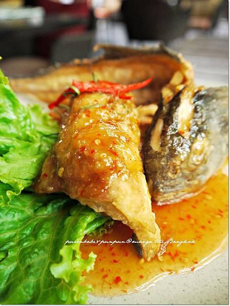 28酥炸棉花魚2.JPG