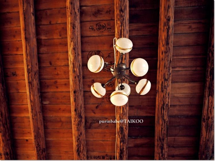 13一樓天花板