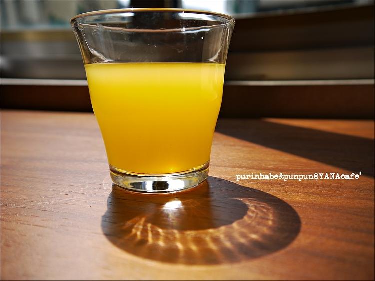 33鮮榨柳橙汁