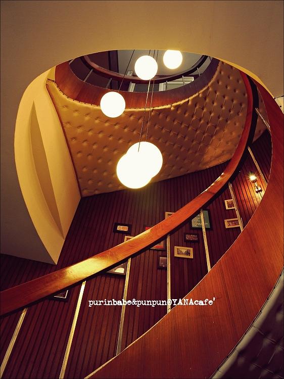 26樓梯2
