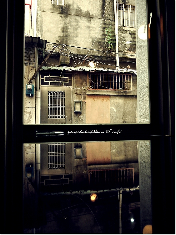 18窗景2