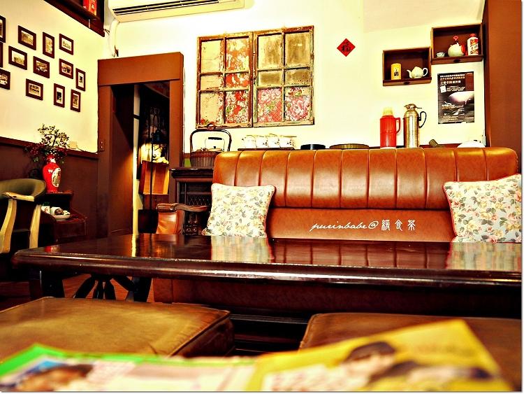 7褐色沙發