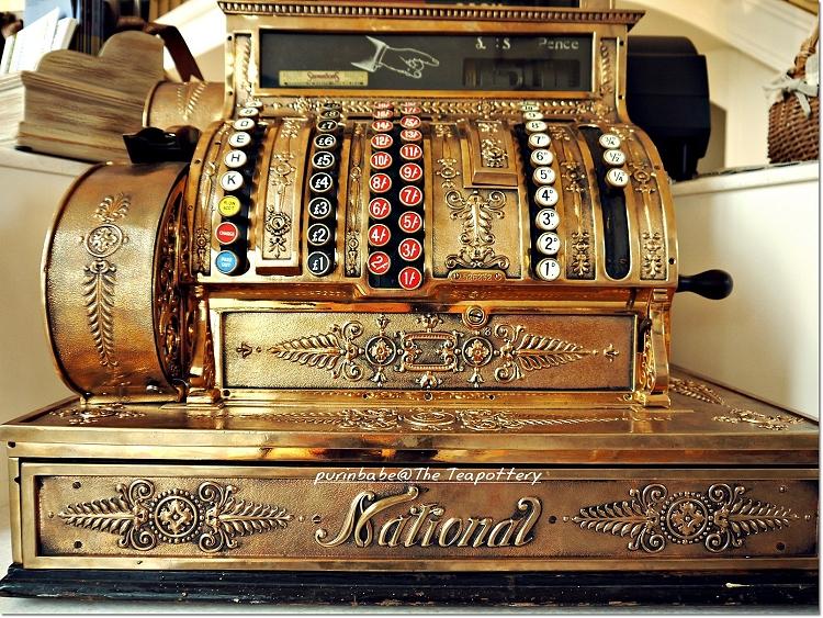 4古董收銀機1