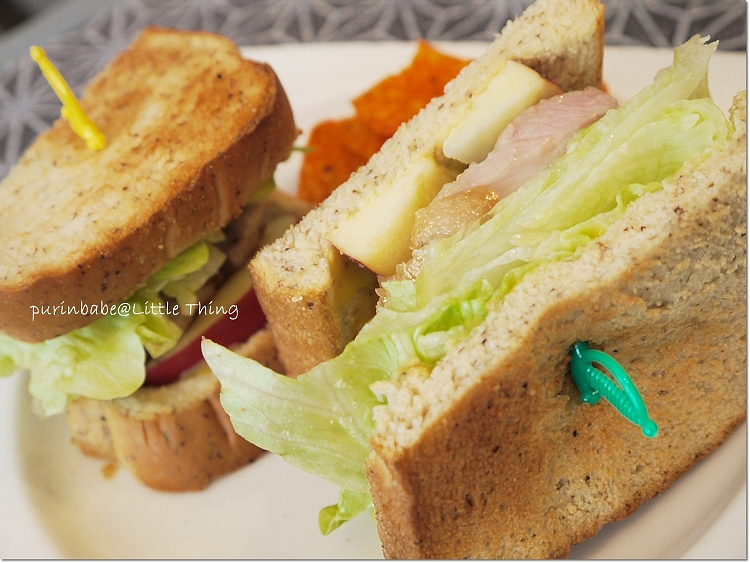 32雞腿排二明治