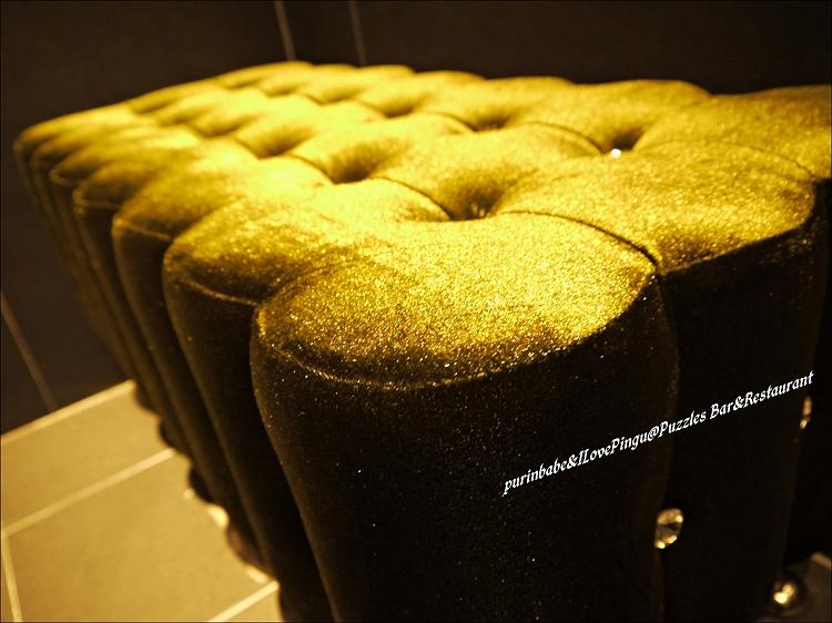 18絨布座椅