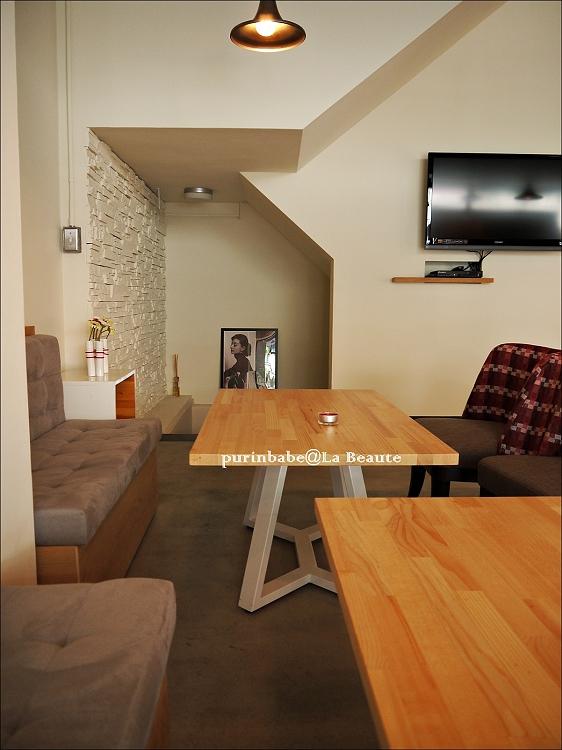 15沙發區1