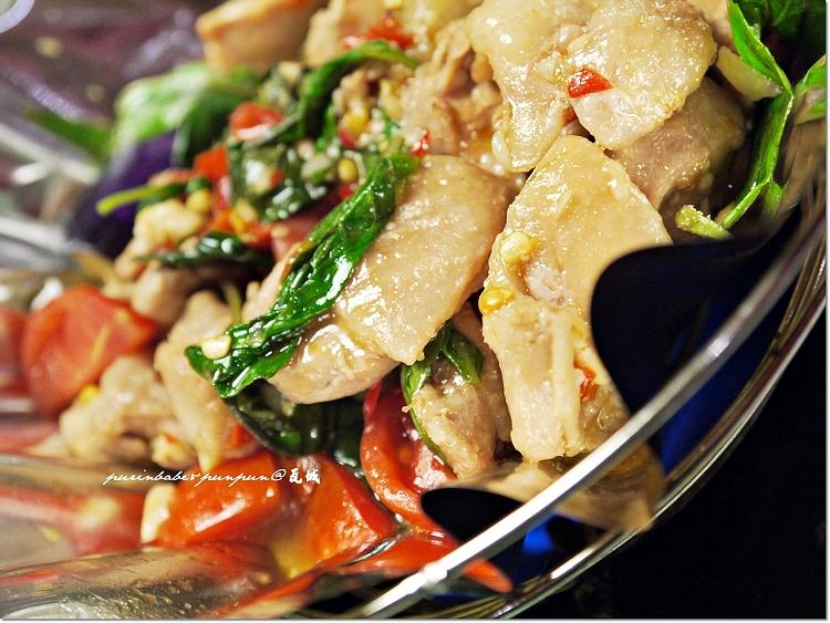 22曼谷嫩雞紙鍋2