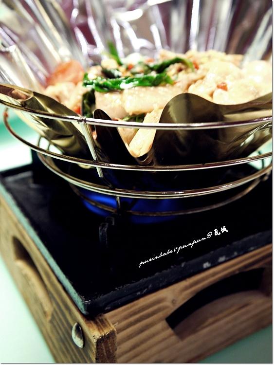 21曼谷嫩雞紙鍋1